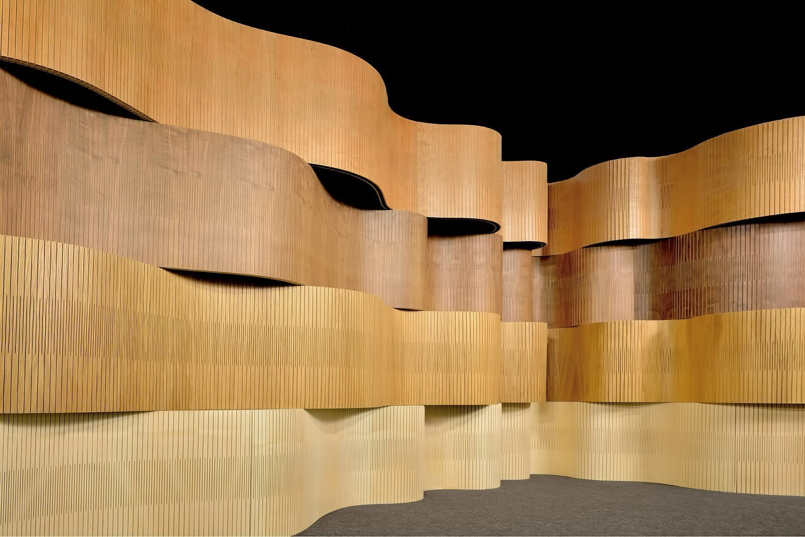 curve wall undulating like wave in showroom